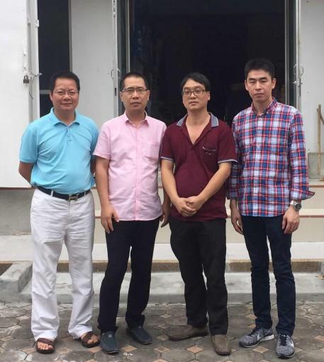 执行会长郑炳克,常务副会长赵国卫、薛圣萍拜访商会理事成员黄志宣