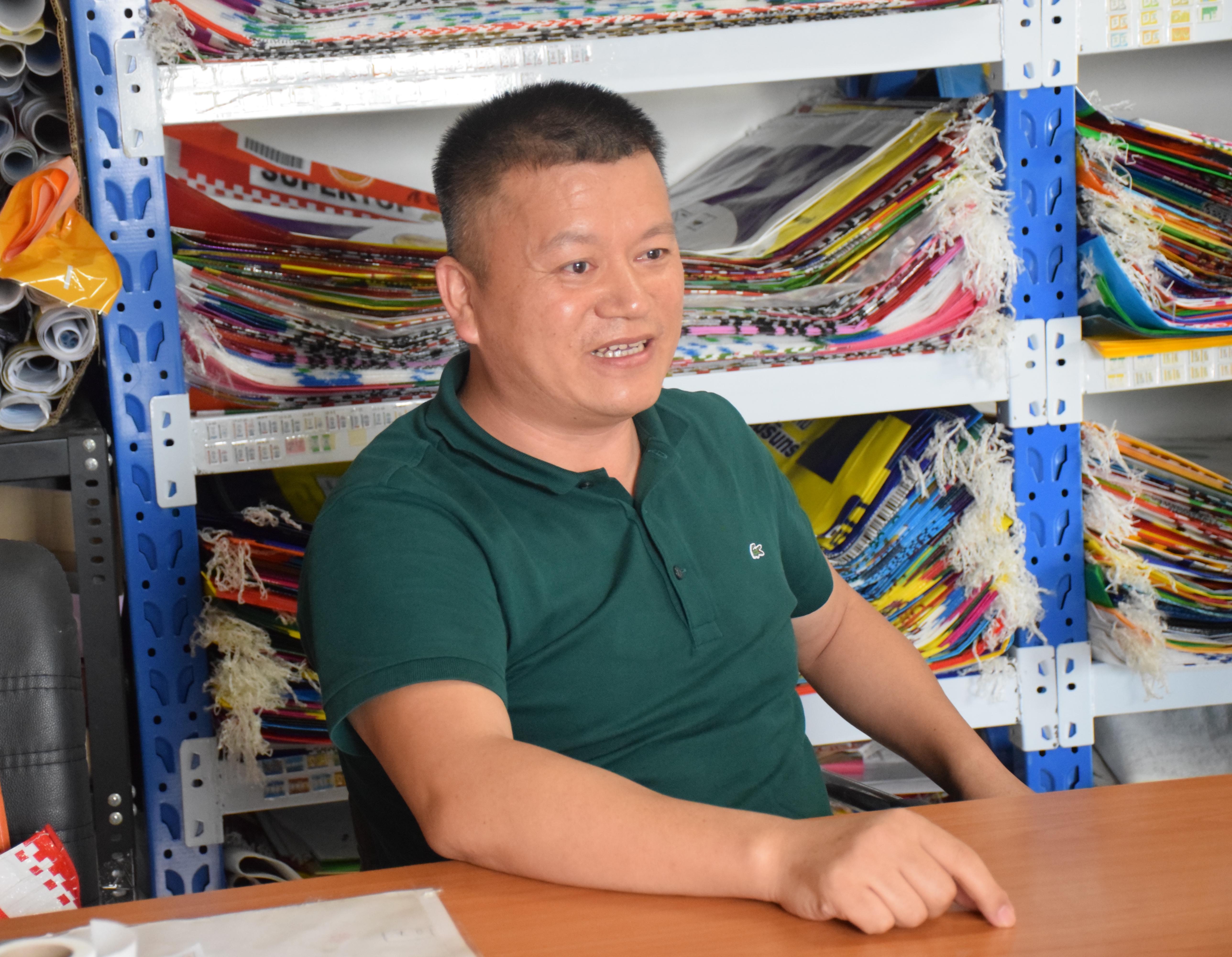 泰国温州商会会员企业拜访录(4) 泰国温州商会会员企业:金泰包装(泰国)有限公司的总经理鲍宗格先生
