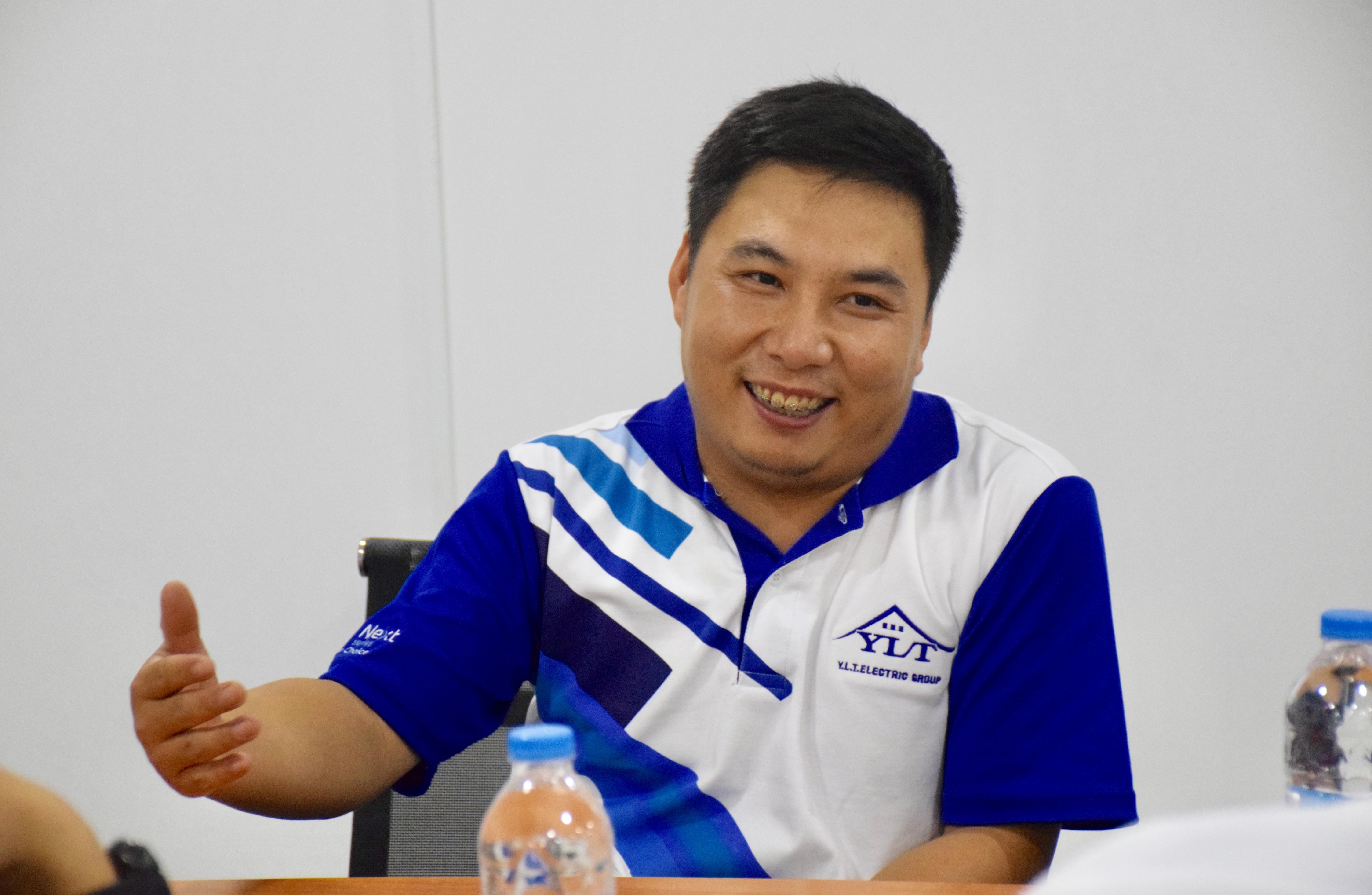泰国温州商会会员企业拜访录(7) 泰国温州商会会员企业:泰国伊利泰(Y.L.T.)电气集团有限公司的总经理刘洪伟先生